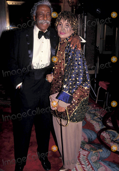 Lena Horne Photo - Gordon Parks and Lena Horne at New York City Benefit For Hale House 02-10-1992 K7929hmc Photo by Henry Mcgee-Globe Photos Inc