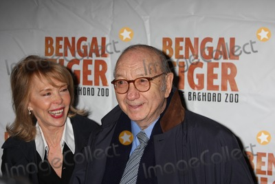 Elaine Joyce Photo - New York City  31st March 2011Neil Simon and Elaine Joyce at the opening night of Bengal Tiger At The Baghdad Zoo on Broadway at the Richard Rodgers Theatre Photo by Adam Nemser-PHOTOlinknet