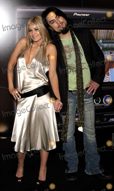 Dave Navarro Photo - Carmen Electra and Dave Navarro attend the Pioneer Electronics Automotive Navigation Systems Launch Party held at the Montmartre Lounge in Hollywood California United States on April 21 2005 Copyright 2007 by Popular Images