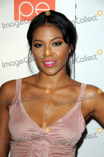 Amerie Photo - Amerie at the Coalition of Asian Pacifics in Entertainment 1st Annual Celebrity Poker Tournament at the W Hotel Hollywood on August 20 2011 in Hollywood CA