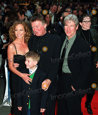 Adrian Lyne Photo - Diane Lane Erik Per Sullivan Director Adrian Lyne and Richard Gere at the New York premiere of Unfaithful at Ziegfeld Theater New York May 6 2002