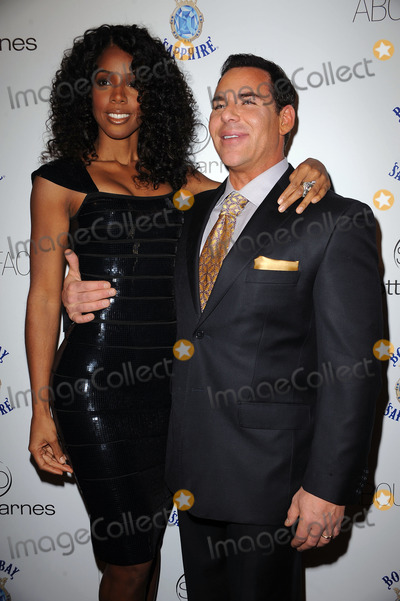 SCOTT BARNES Photo - Singer Kelly Rowland and Scott Barnes arriving at the launch party for Scott Barnes About Face book at Provocateur at The Hotel Gansevoort on January 20 2010 in New York City