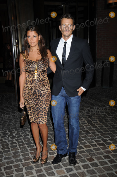 ALEX LUNDQUIST Photo - Kate and Alex Lundquist arriving at a screening of Battle in Seattle at the Tribeca Grand Screening room on September 17 2008 in New York City