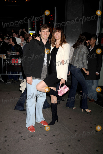 Alexi Yashin Photo - Hockey player Alexi Yashin and wife model Carol Alt attend the Indiana Jones and the Kingdom of the Crystal Skull screening held at the AMC Lincoln Square Cinemas