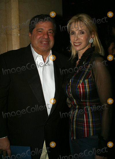 Allen Grubman Photo - New Yorks top entertainment lawyer Allen Grubman (father of PR princess Lizzie Grubman) and his wife attending UJA Federations Spirit of Music Awards New York February 11 2003