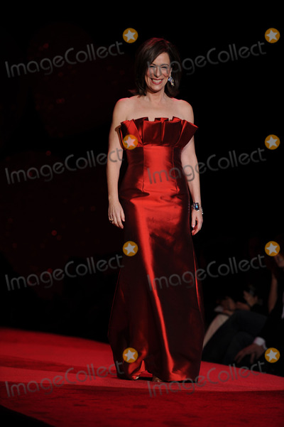 Jane Kaczmarek Photo - Jane Kaczmarek wearing Rafael Cennamo walks the runway at the Heart Truth Red Dress Collection during Mercedes Benz Fashion Week held at Bryant Park on February 13 2009 in New York City