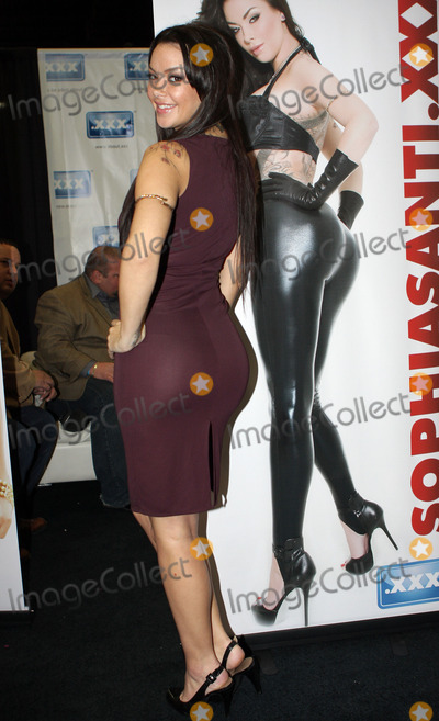 Sophia Santi Photo - Porn star Sophia Santi appearaing at the 2011 Exxxotica Expo in November 2011 in New Jersey