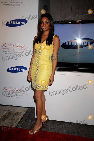 ALICIA RENEE Photo - Alicia Renee attends Samsung Imagination Icons Series Premiere Event The Red Thread The Inspiration and Passion of Valentino Garavani at The Grace Building on September 3 2008 in New York City
