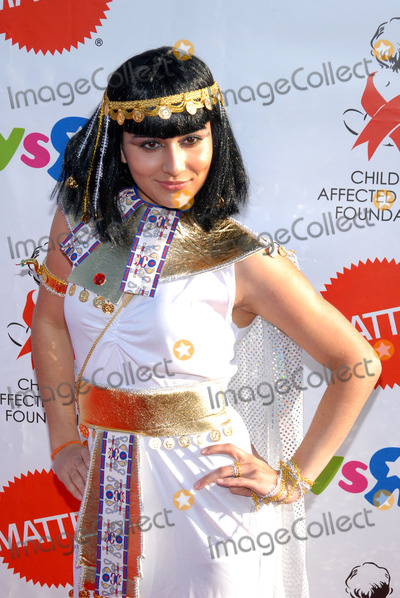 Shelbie Bruce Photo - Actress Shelbie Bruce arriving at the AIDS Foundations 15th annual Dream Halloween benefit at Barker Hanger on October 25 2008 in Santa Monica California