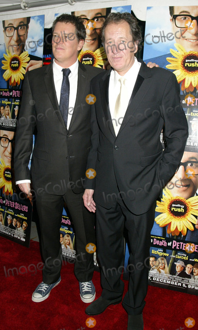 Geoffrey Rush Photo - NEW YORK NOVEMBER 19 2004    Geoffrey Rush and Stephen Hopkins at the New York premiere of The Life and Death of Peter Sellers