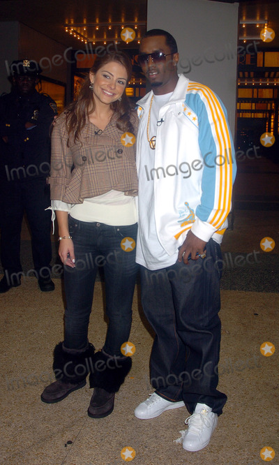 Menudo Photo - Maria Menudos and Sean Diddy Combs visits MTVs TRL studio