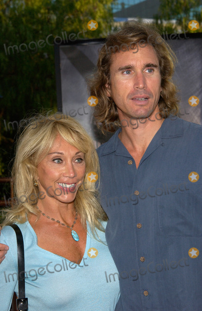 Michael Landon Photo - CINDY LANDON widow of actor Michael Landon  her boyfriend LARRY at the world premiere in Los Angeles of Jurassic Park III16JUL2001   Paul SmithFeatureflash