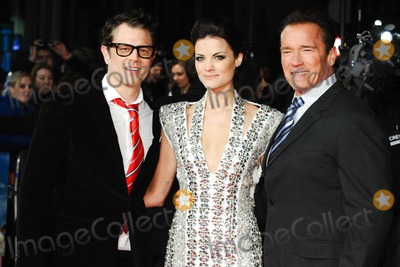 Alexander Arnold Photo - Johnny Knoxville Jaimie Alexander and Arnold Schwarzenegger arriving for premiere of The Last Stand at the Odeon West End Leicester Square London 22012013 Picture by Steve Vas  Featureflash