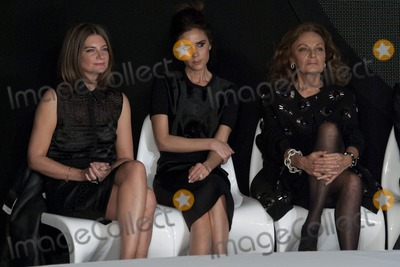 Victoria Beckham Photo - Victoria Beckham on the judges panel at the International Woolmart Awards ME Hotel Aldwych London16022013 Picture by Simon Burchell  Featureflash
