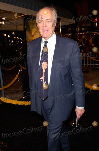 John Paul Photo - 29MAR2000  Songwriter TIM RICE at the Los Angeles premiere of Dreamworks animated movie The Road to El Dorado for which he co-wrote the songs with Elton John Paul Smith  Featureflash