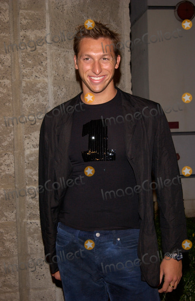 Ian Thorpe Photo - Australian swimmer IAN THORPE at the world premiere in Beverly Hills of A Beautiful Mind13DEC2001 Paul SmithFeatureflash