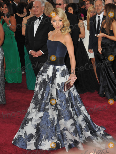 Kelly Ripa Photo - Kelly Ripa at the 85th Academy Awards at the Dolby Theatre HollywoodFebruary 24 2013  Los Angeles CAPicture Paul Smith  Featureflash