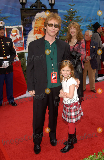 Liliana Mumy Photo - Actor BILL MUMY  actress daughter LILIANA MUMY at the world premiere of her new movie The Santa Clause 2 at the El Capitan Theatre Hollywood27OCT2002   Paul Smith  Featureflash