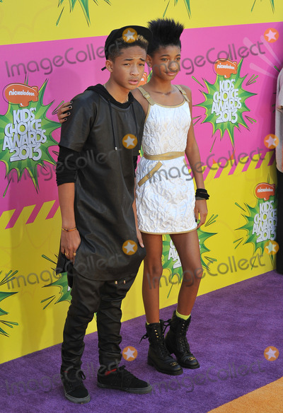 Jada Pinkett-Smith Photo - Jaden Smith  Willow Smith children of Will Smith  Jada Pinkett Smith at Nickelodeons 26th Annual Kids Choice Awards at the Galen Centre Los AngelesMarch 23 2013  Los Angeles CAPicture Paul Smith  Featureflash