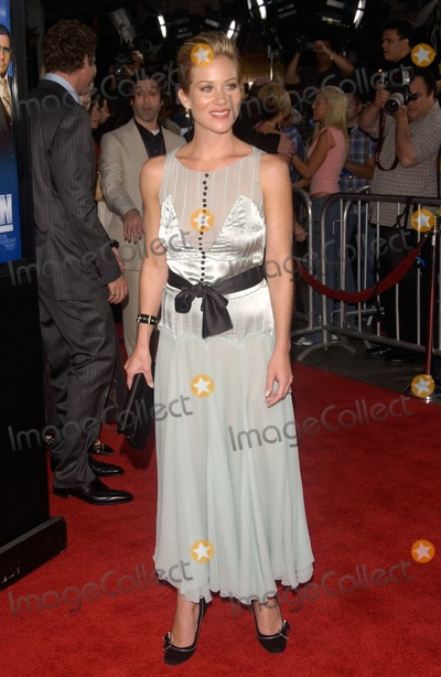 Christina Applegate Photo - Actress CHRISTINA APPLEGATE at the Hollywood premiere of her new movie AnchormanJune 28 2004