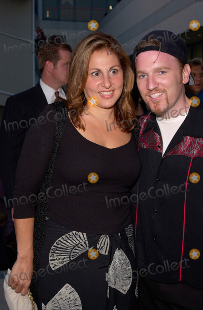 Kathy Najimy Photo - Actress KATHY NAJIMY  singer DAN FINNERTY at the Movieline Magazine 2nd Annual Young Hollywood Awards at new club The Knitting Factory in Hollywood