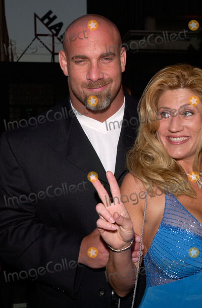 Bill Goldberg Photo - Wrestler BILL GOLDBERG  wife at the world premiere in Hollywood of Ready to Rumble