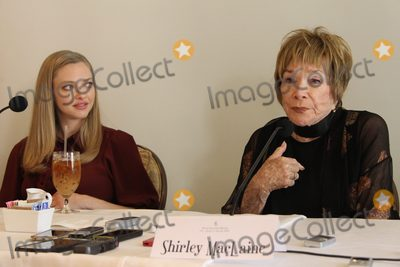 Amanda Seyfried Photo - Amanda Seyfried Shirley MacLaine 03032017 The Last Word Press Conference held at The Four Seasons Los Angeles at Beverly Hills in Los Angeles CA Photo by Izumi  Hasegawa