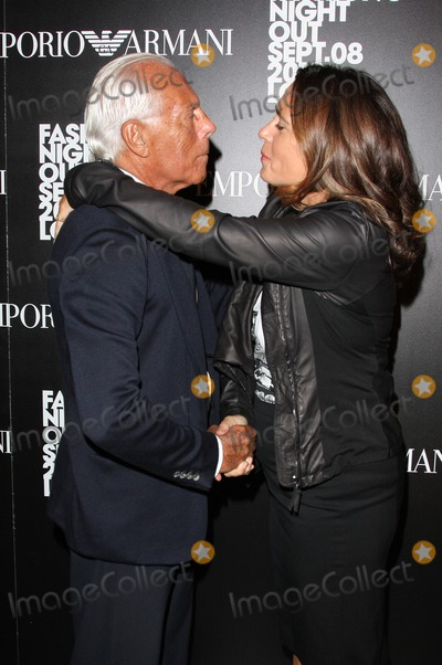 Alexandra Shulman Photo - LondonUK Alexandra Shulman (editor of UK Vogue) with Giorgio Armani at the Fashions Night Out Party  The event was a joint party held by Giorgio Armani and UK Vogue Magazine  Emporio Armani store New Bond Street London 8th September 2010   Keith MayhewLandmark Media