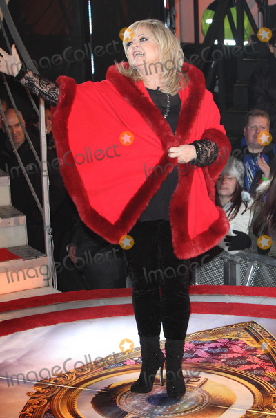 Linda Nolan Photo - London UK Linda Nolan  at Channel 5s Celebrity Big Brother Launch Night at Elstree Studios Borehamwood Hertfordshire  3rd January 2014RefLMK73-46314-040114Keith MayhewLandmark MediaWWWLMKMEDIACOM