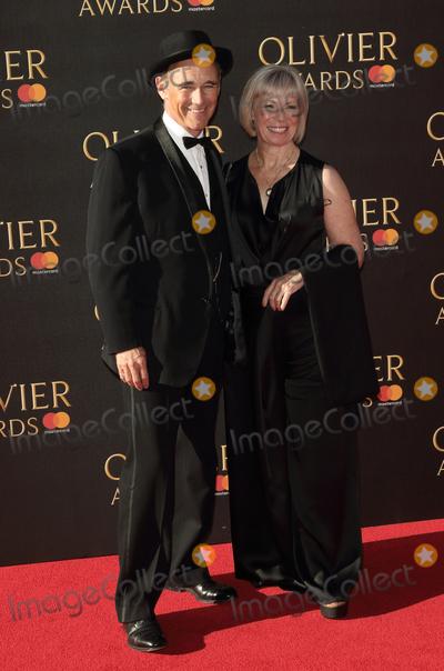 Albert Hall Photo - London UK Sir Mark Rylance at The Olivier Awards Royal Albert Hall Kensington London on April 9th 2017Ref LMK73-J180-100417Keith MayhewLandmark MediaWWWLMKMEDIACOM