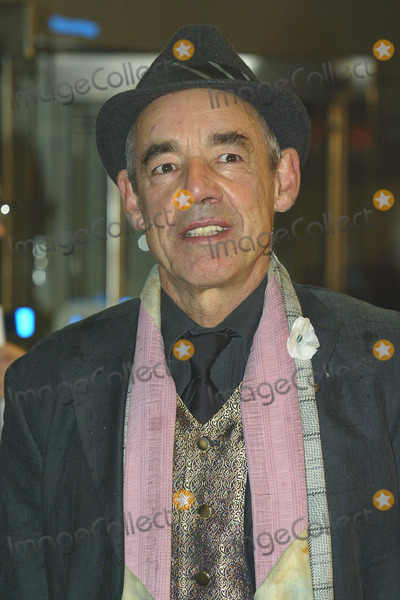 Roger Lloyd Pack Photo - London Roger Lloyd-Pack   at the premiere of his  new film Harry Potter and the Goblet of Fire He plays Barty Crouch  6th November 2005 Jenny Roberts Landmark Media