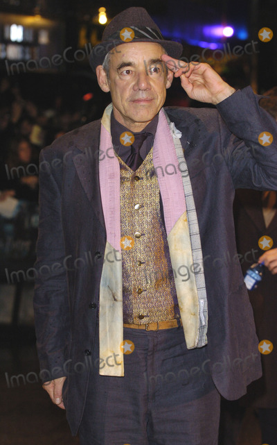 Roger Lloyd Pack Photo - London Roger Lloyd-Pack  at the premiere of his   film Harry Potter and the Goblet of Fire 6th November 2005 James HuntLandmark Media