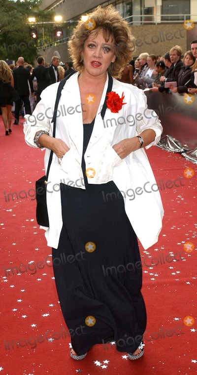 Amanda Barrie Photo - London Amanda Barrie at the Celebrity Awards 200426 September 2004Eric BestLandmark Media