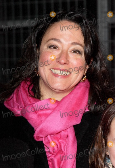 Arabella Weir Photo - London UK Arabella Weir at the Gala Screening of the Dr Who Christmas Special Voyage of the Damned at the Science Museum London18 December 2007Keith MayhewLandmark Media