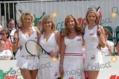 Karen Brady Photo - Wimbledon Nell McAndrew Kelly Dalglish Karen Brady and Diana Stewart at Tim Henmans Ariel Tennis Ace search at Wimbledon14 June 2004PAULO PIREZLANDMARK MEDIA