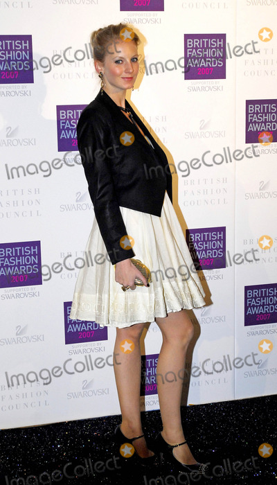 Savannah Miller Photo - London UK Savannah Miller at the British Fashion Awards held at Lawrencce Hall in Westminster27 November 2007Morgan ODonovanLandmark Media