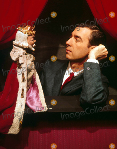 Mr Rogers Photo - Mr Rogers Fred Rogers Supplied by Globe Photos Inc Fredrogersretro