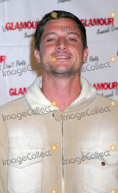 Simon Rex Photo - Glamour Magazines Annual Dont Party at Del Taco Hollywood California 04072004 Photo by Ed GellerGlobe Photos Inc 2004 Simon Rex