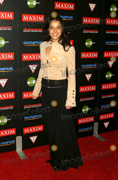 Sarah Silverman Maxim Hot 100 http://imagecollect.com/picture/jimmy-kimmel-sarah-silverman-photo-3016601/maxim-hot-100-party