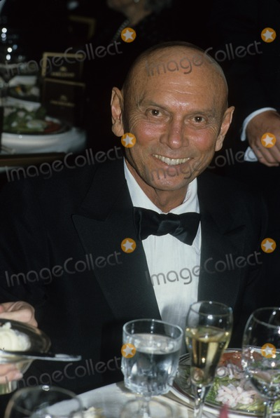 Yul Brynner Photo - Yul Brynner 1985 F1075 Photo by John Barrett-Globe Photos Inc