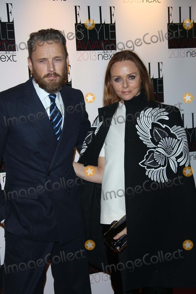 Alasdhair Willis Photo - Designer Stella Mccartney (R) and Alasdhair Willis Arrive at the Elle Style Awards at the Savoy Hotel in London England on 10 February 2013 Photo Alec Michael Photo by Alec Michael - Globe Photos Inc
