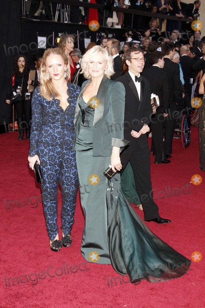 Annie Starke Photo - Annie Starke (Left) and Glenn Close 84 Academy Awards - Oscars Hollywood CA February 26 2012 Roger Harvey-Globe Photos Inc