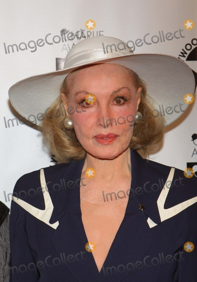 Julie Newmar Photo - Julie Newmar the Hollywood Arts Councils 25th Annual Charlie Awards Luncheon Held at the Roosevelt Hotel Hollywood CA March 25 - 2011 photo Tleopoldglobephotos