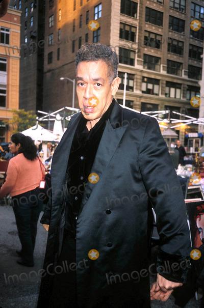 Andres Serrano Photo - Andres Serrano (Artist) in New York City Photo Byrose HartmanGlobe Photos Inc