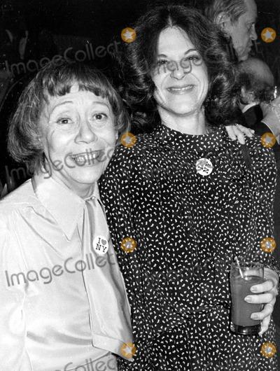 Gilda Radner Photo - Imogene Coca and Gilda Radner Photo by Art ZelinGlobe Photos