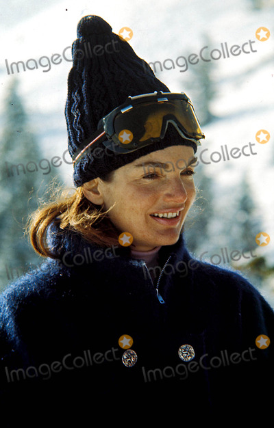 Jackie Onassis Photo - Jacqueline Kennedy Onassis Skiing in California Photophil Roach  Ipol  Globe Photos Inc 1965 Jacquelinekenndeyonassisretro