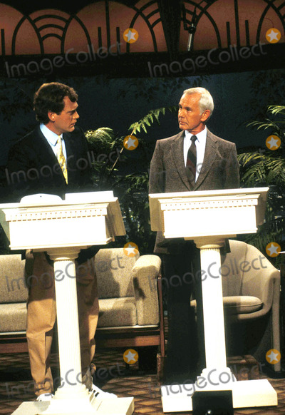 Johnny Carson Photo - 1986 Johnny Carson_david Letterman Photo by Suzie BleedenGlobe Photosinc