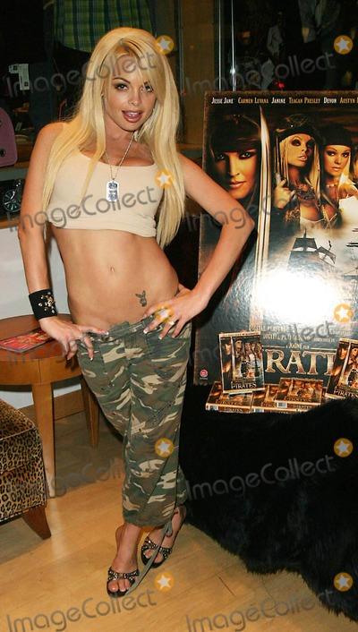 Carmen Luvana Photo - Pirates Dvd Signing with Jesse Jane and Carmen Luvana Hustler Hollywood West Hollywood CA 09-23-2005 Photo Clintonhwallace-photomundo-Globe Photos Inc Jesse Jane
