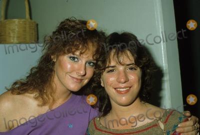Mary McDonough Photo - Mary Mcdonough with Quinn Cummings 1983 N0836 Photo by Bob V Noble-Globe Photos Inc