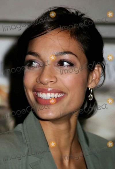 Rosario Dawson Photo - Special Preview Screening of Alexander at the Walter Reade Theater  New York City 11-22-2004 Photo by Paul SchmulbachGlobe Photosinc Rosario Dawson